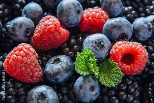 Fotografia  Healthy mixed fruit and ingredients from top view