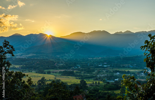 Türaufkleber Blau türkis Landscape view with sunset and mountain range in Pai district, Thailand