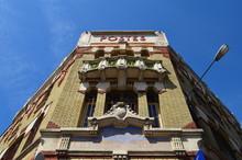 Bâtiment De Style Art Nouveau...