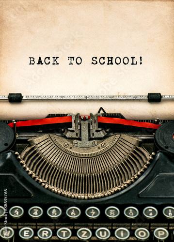 Deurstickers Retro Antique typewriter with aged textured paper sheet Back to school