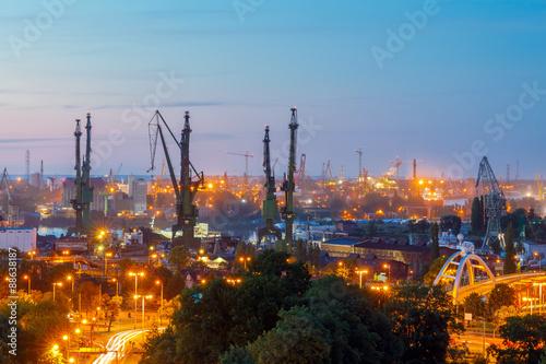 Obrazy na płótnie Canvas Gdansk shipyard at night.