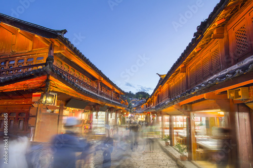 Lijiang old town in the evening with crowd tourist , Yunnan Chin
