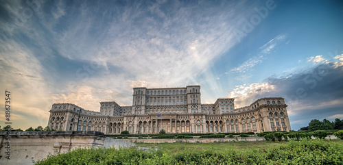 Fotografia  The Palace of the Parliament (People's House - Casa Poporului) in Bucharest, Rom