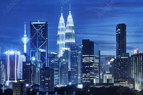 Photo sur Toile Kuala Lumpur Kuala Lumpur skyline at night