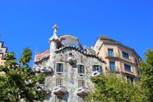Das Berühmte Casa Batllo Am Passeig De Gracia In Barcelona