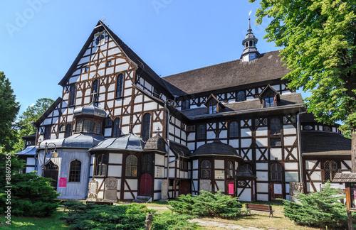 Świdnica - Kościół Pokoju, wybudowany na mocy  traktatu westfalskiego,kończącego wojnę trzydziestoletnią. Od 2001 roku na liście dziedzictwa UNESCO. Największy w Europie kościół szachulcowy - fototapety na wymiar