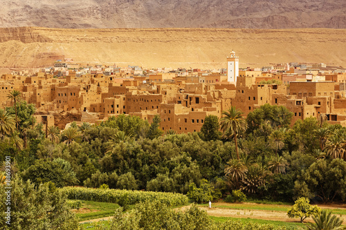 Staande foto Marokko Palm trees and the historical village in Ourzazate,Morocco