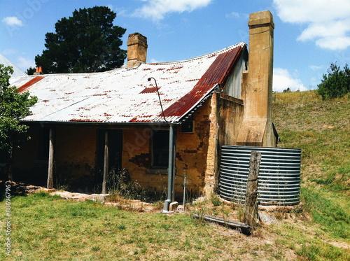 Fotografija Historical settler building in Little Hartley Australia