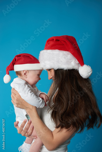 Photo  young mother with her sweet baby