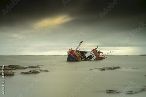 Photo Stands Shipwreck Sunken wrecks