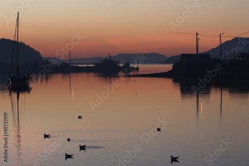 Abendstimmung im Hafen von Bantry Canvas Print