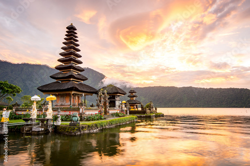 Wall Murals Bali Pura Ulun Danu Bratan, Famous Hindu temple and tourist attraction in Bali, Indonesia