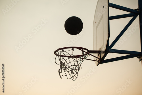 basketball over the ring Wallpaper Mural
