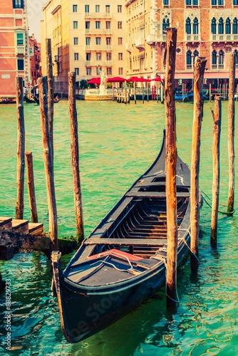 Fotografie, Obraz  Famous Venice Gondola