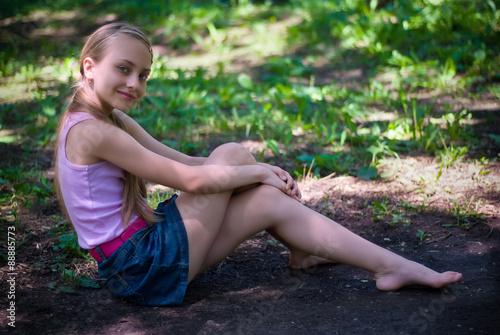 Девочки фото природа фото маленьких девочек в нижнем белье