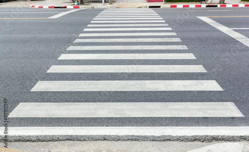 Stampa su Tela Crosswalk on the road
