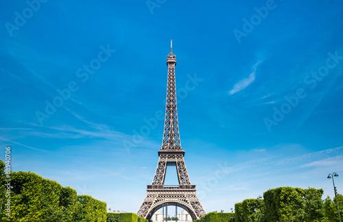 Poster Tour Eiffel Eiffel Tower with blue sky, Paris France