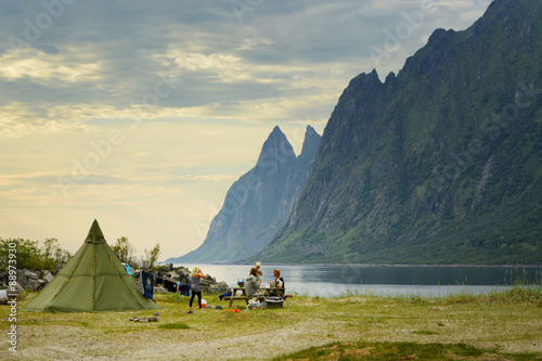 Deurstickers Kamperen Camping in Norway, Senja island