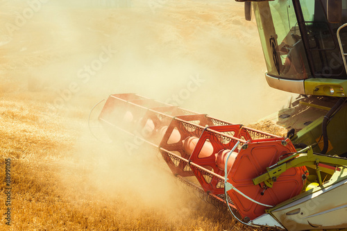 Foto  combine harvester