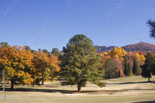 Crowders Mountain Golf Course en Caroline du Nord au cours de l'automne Poster Mural XXL