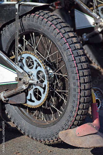 Fotografiet  Tire of a speedway motorcycle
