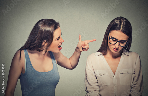 Photo  Bullying, friendship and people concept