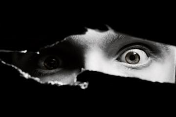 Straszne oczy mężczyzny