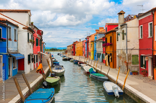 Fotografia  Colorful houses on the Burano, Venice, Italy
