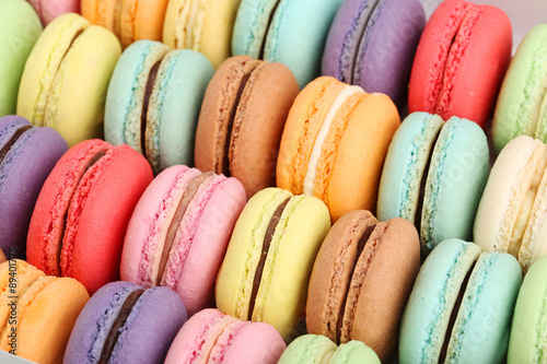 Foto op Plexiglas Dessert French colorful macarons background, close up
