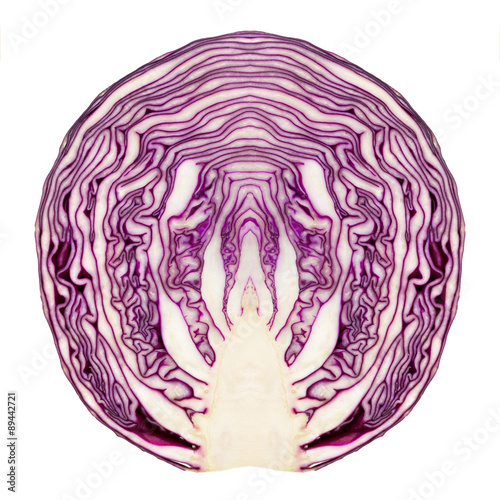 Red cabbage cut in half and made symmetric Fototapete