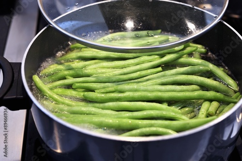 Blanching green beans Wallpaper Mural