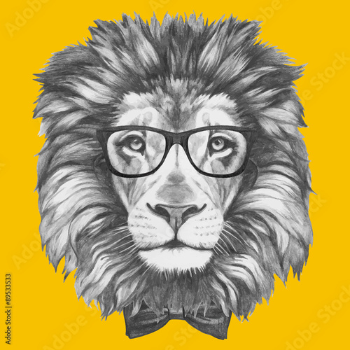 Poster Croquis dessinés à la main des animaux Hand drawn portrait of Lion with glasses and bow tie. Vector isolated elements.