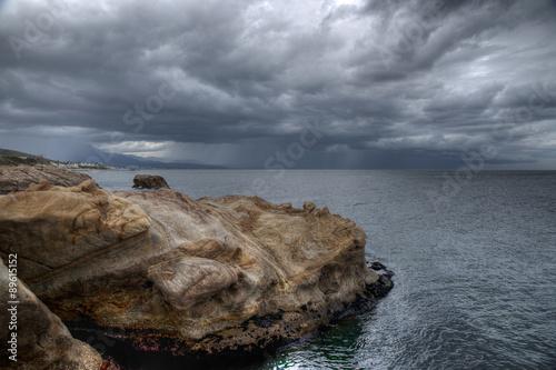 Playa de Chullera en un dÍa gris de tormenta