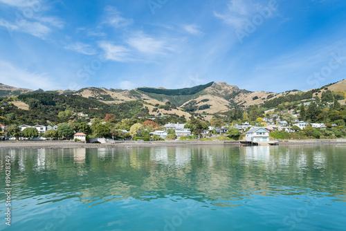 Photo Stands Akaroa , Canterbury, South Island New Zealand