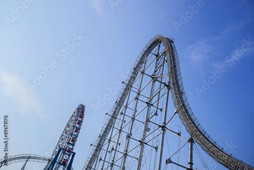 Poster Amusementspark Roller Coaster And Ferris Wheel