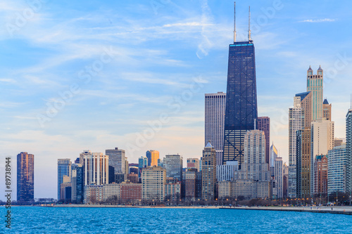 Obraz Chicago downtown skyline at dusk. - fototapety do salonu