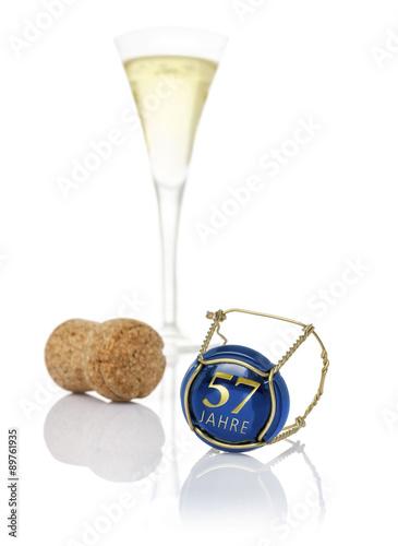 Photo  Champagnerdeckel mit der Aufschrift 57 Jahre