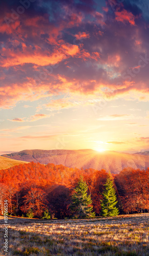 Poster Crimson Colorful sunrise sunset in the mountains.