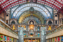Interior Of Antwerp Central Ra...