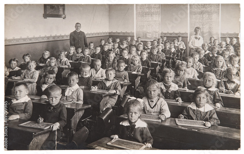 Fotografía Children and teacher in the classroom. Back to school concept