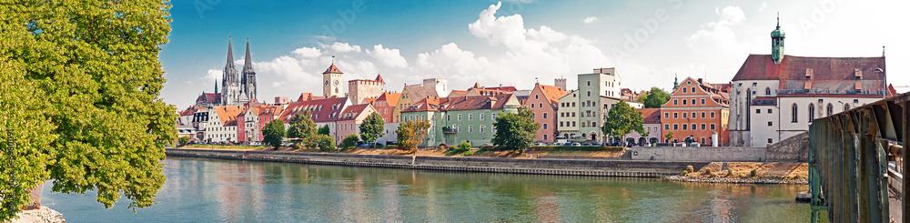 Kuchenruckwand Aus Glas Mit Foto Regensburg An Der Donau Nikkel Art De