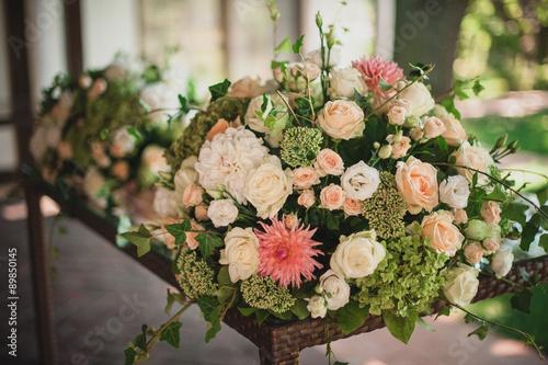 Foto op Canvas Bloemen Beautiful floral wedding table decoration