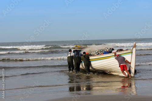 Fotografie, Obraz  Barco de pesca artesanal