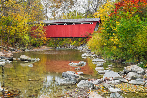 Valokuvatapetti Everett Covered Bridge