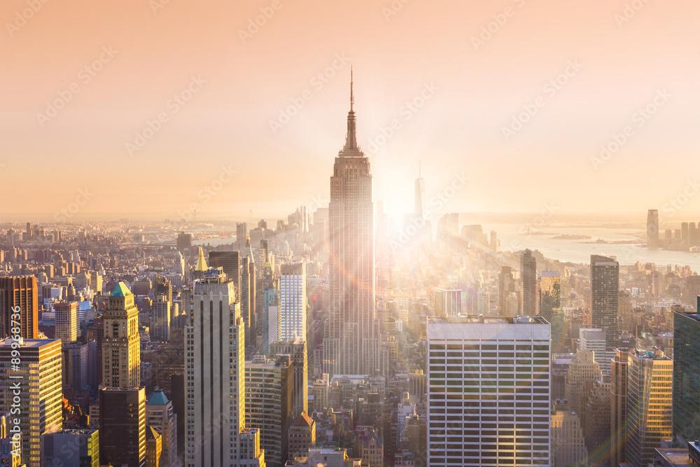 Fototapety, obrazy: New York City Manhattan skyline in sunset.