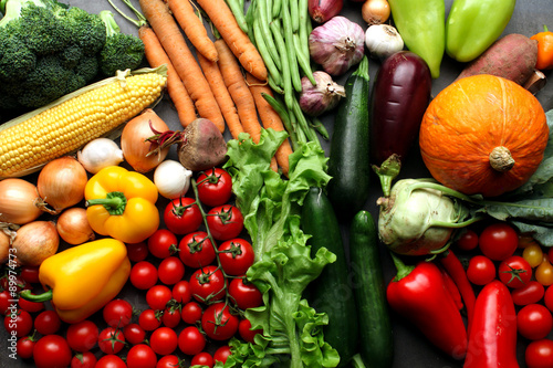 Fotobehang Groenten Fresh vegetables background - harvest concept