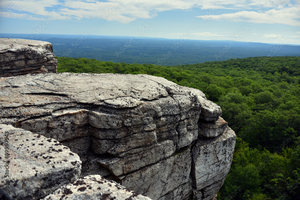Fototapety, obrazy: Massive rocks and view to the valley at Minnewaska State Park Reserve Upstate NY during summer time