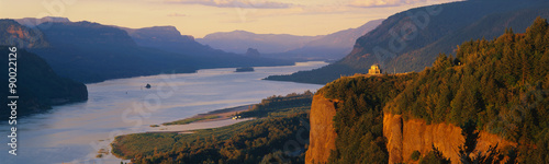 Fototapeta This is Crown Point overlooking the Columbia River at sunset. It is also known as Woman's View. obraz