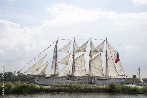 Fotografie, Obraz  Tallship Esmeralda vaart tijdens Sail 2015 door het Noordzeekanaal