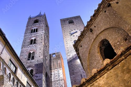 Photo Le Torri e il Battistero di Albenga